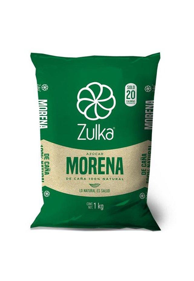 Azúcar Zulka 1 Kilo Azúcar morena de caña 100% natural, es azúcar natural granulada que contiene una ligera película de melaza dándole un color Marfil y ligero al sabor caramelo haciéndola el endulzante perfecto. Todos los requerimientos de Desechables, Cafetería y Limpieza que necesita tu negocio están en CIPACAzúcar Zulka 1 Kilo Azúcar morena de caña 100% natural, es azúcar natural granulada que contiene una ligera película de melaza dándole un color Marfil y ligero al sabor caramelo haciéndola el endulzante perfecto. Todos los requerimientos de Desechables, Cafetería y Limpieza que necesita tu negocio están en CIPAC